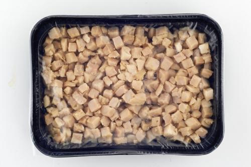 Курица отварная (нарезка кубик)