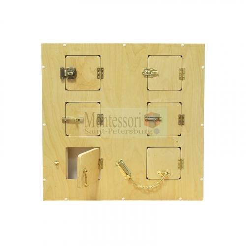 Настенный модyль с 6-ю замочками и задвижками  L70 х B10 х H70  см