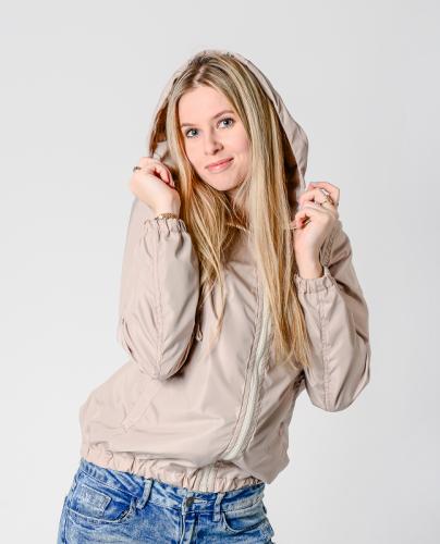 990 1290Куртка-ветровка женская,с капюшоном,цвет-бежевый, Арт. KG-002