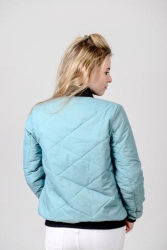 Женская утепленная куртка-бомбер, цвет- аква