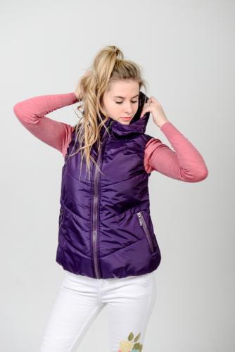 Жилет женский с капюшоном, цвет-фиолетовый, арт.GG-004