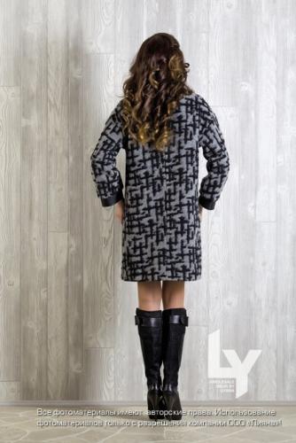 2000р. 4550ст.цена № 12 Пальто