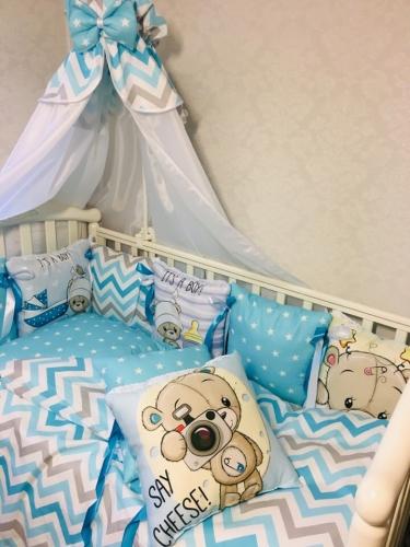 Мультяшки Бортики подушки или комплект в кроватку с бортиками подушками