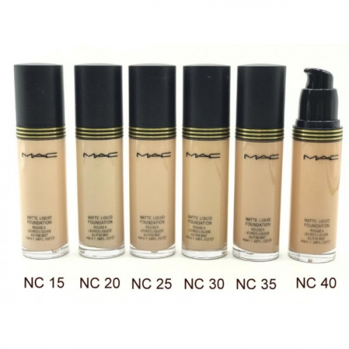 Тональный крем MAC Matte Liquid Foundation Rougea Levres Liquide Au Fini Mat 35 ml №30(копия)