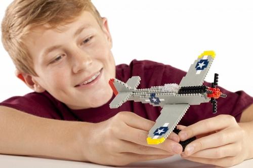 nanoblock Deluxe Самолет P-51 Мустанг