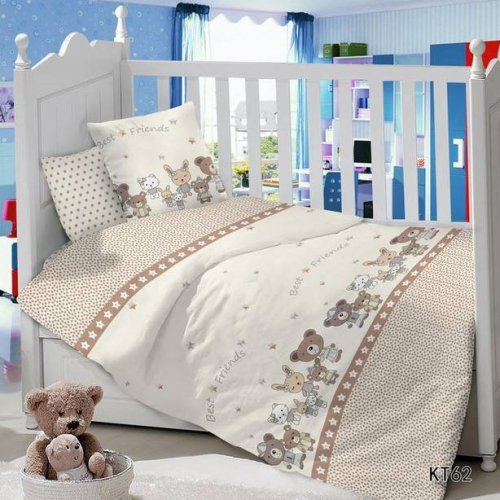 Комплект постельного белья в детскую кроватку с простыней на резинке Лучшие друзья