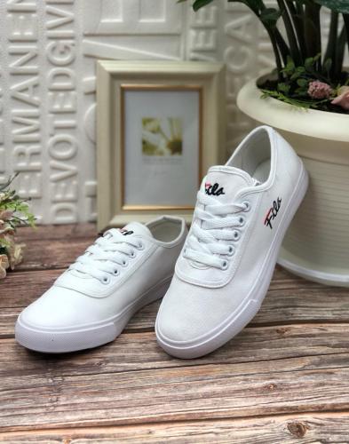Женские кроссовки 5044-3 белые