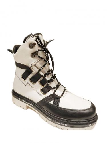 Ботинки зимние KB719WW1