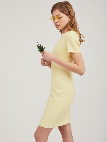 Платье-футляр из поливискозы