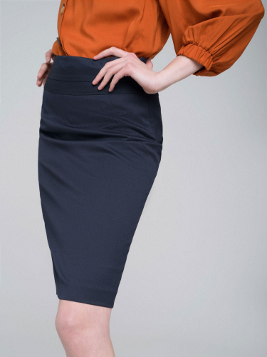 Короткая юбка-карандаш