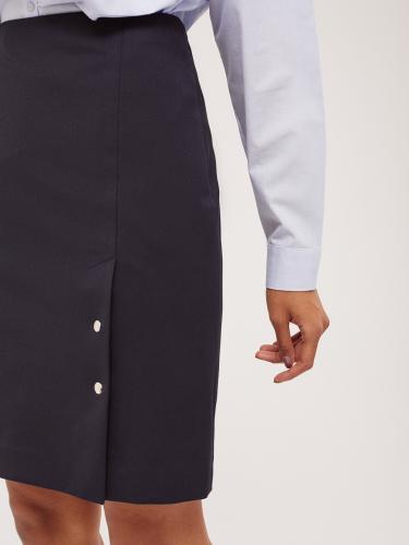 Юбка-трапеция со шлицей на кнопках