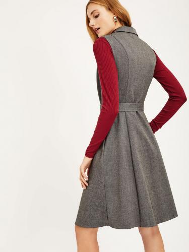 Двубортное платье с застёжкой