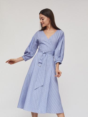 Платье на запах с поясом