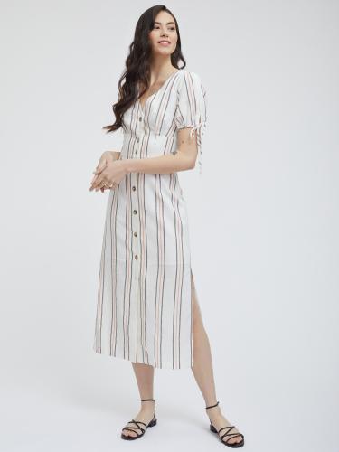 Платье с втачным поясом