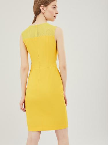 Платье-футляр с кокеткой