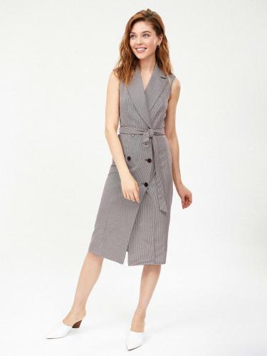 Двубортное платье с поясом