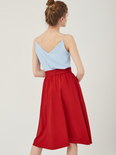 Расклешенная юбка длины-миди