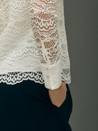Кружевная блуза с воротником