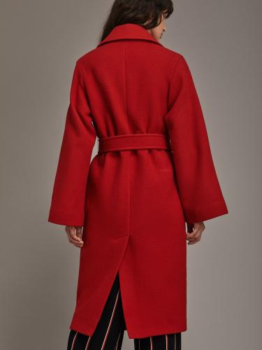 Пальто из шерстяной ткани с раклешёнными рукавами