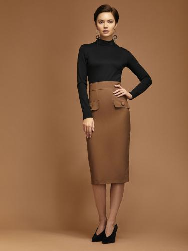 Комбинированное платье с декоративными элементами