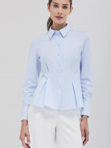Приталенная блуза с защипами