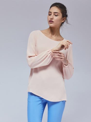 Блуза с эластичными манжетами