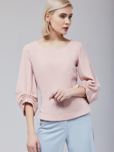 Блуза с рельефной резинкой на рукавах