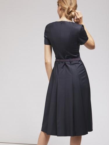Приталенное платье из смесовой шерсти