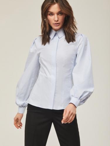 Рубашка с объемные рукавами