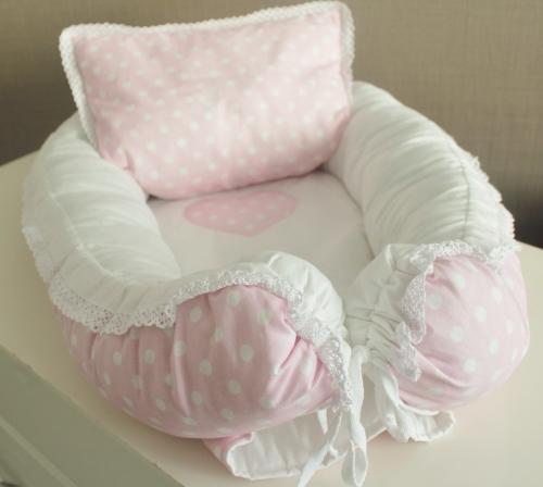 Babynest Комплект кокон + подушечка декоративная розовый в белый горох арт 5036