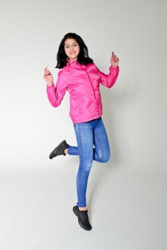 Арт.KG-006 Куртка-ветровка укороченная с капюшоном,цвет-темно-розовый