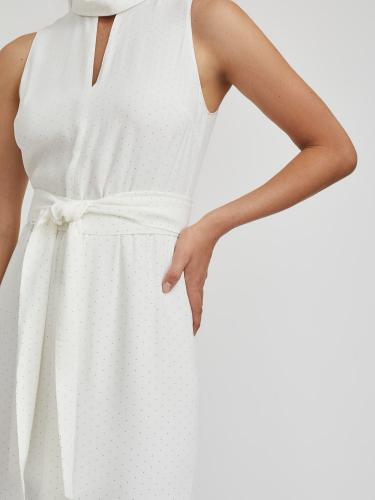 Платье с широким поясом