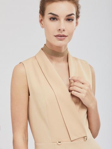 Платье с шалевым воротником