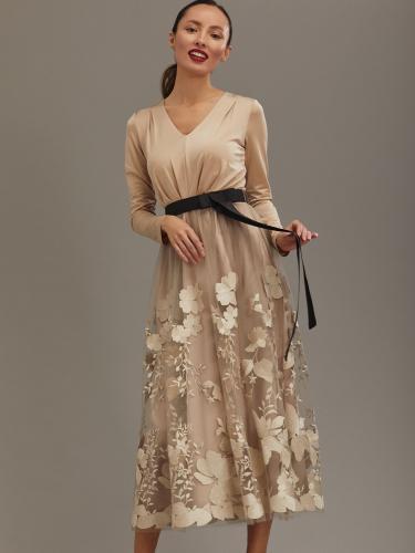 Платье-миди с контрастным поясом