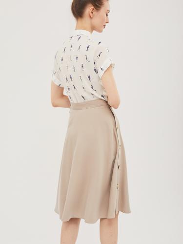 Расклешённая юбка с пуговицами