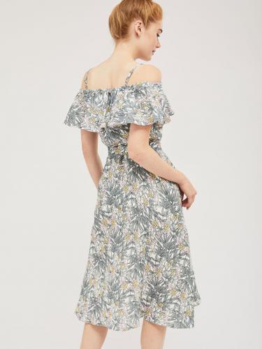 Льняное платье с открытыми плечами