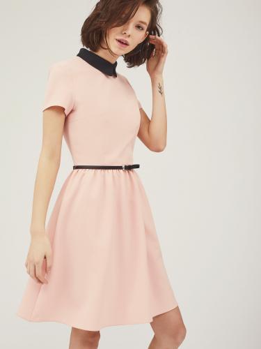 Платье с воротником с закругленными краями