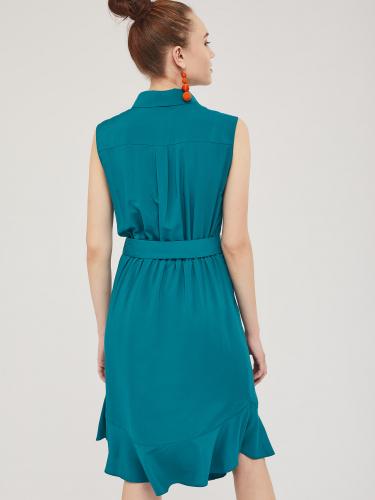 Платье с воланом по нижнему краю