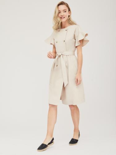 Двубортное платье с воланами на рукавах