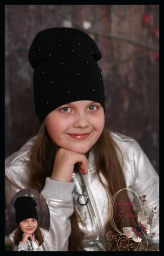 Удлиненная хлопковая шапка с жемчугом (черная)