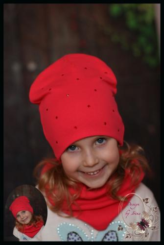 Удлинённая шапка для девочки «Ассоль» (коралл.)