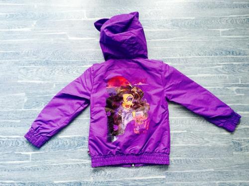 Демисезонная мембранная куртка Monster High (Школа Монстров) цвет сиреневый. Модель 3D с ушками