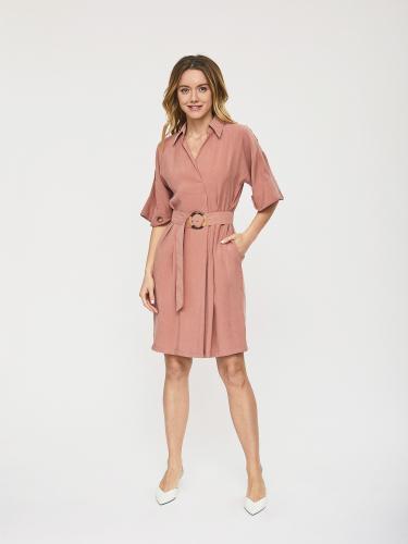 Платье с пуговицами и поясом