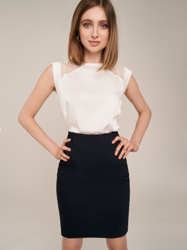 Блуза со вставками
