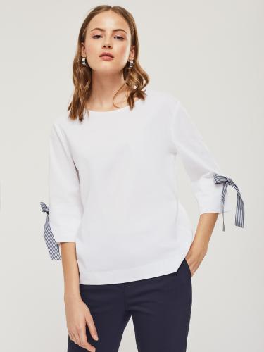 Свободная блуза с бантами
