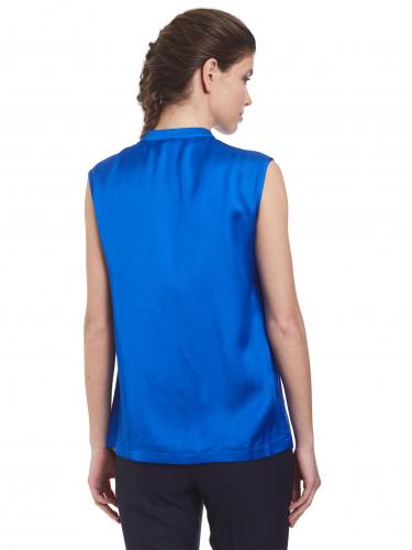 Блуза с воротником-стойкой
