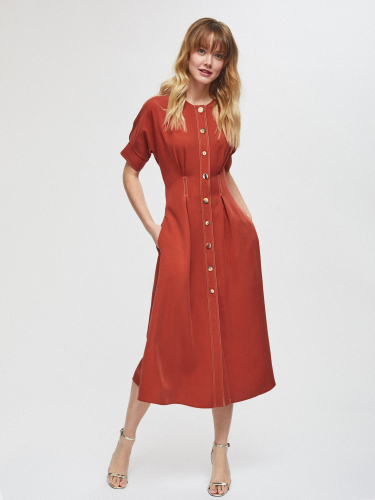 Платье из лиоцелла с защипами