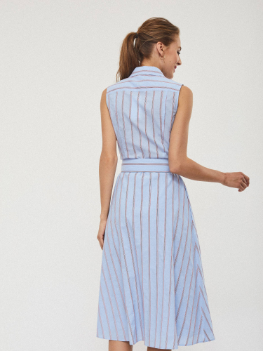 Платье из хлопка с поясом