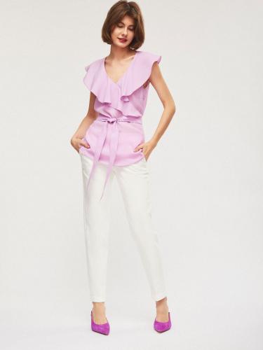 Блуза из струящейся ткани с воланом