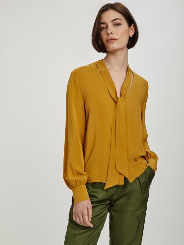 Блуза с лентами объемными рукавами